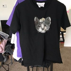 cat with crown t-shirt